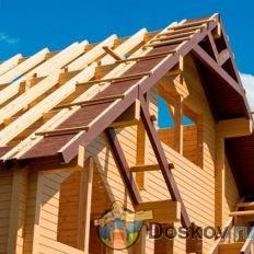 Крыша из досок фото